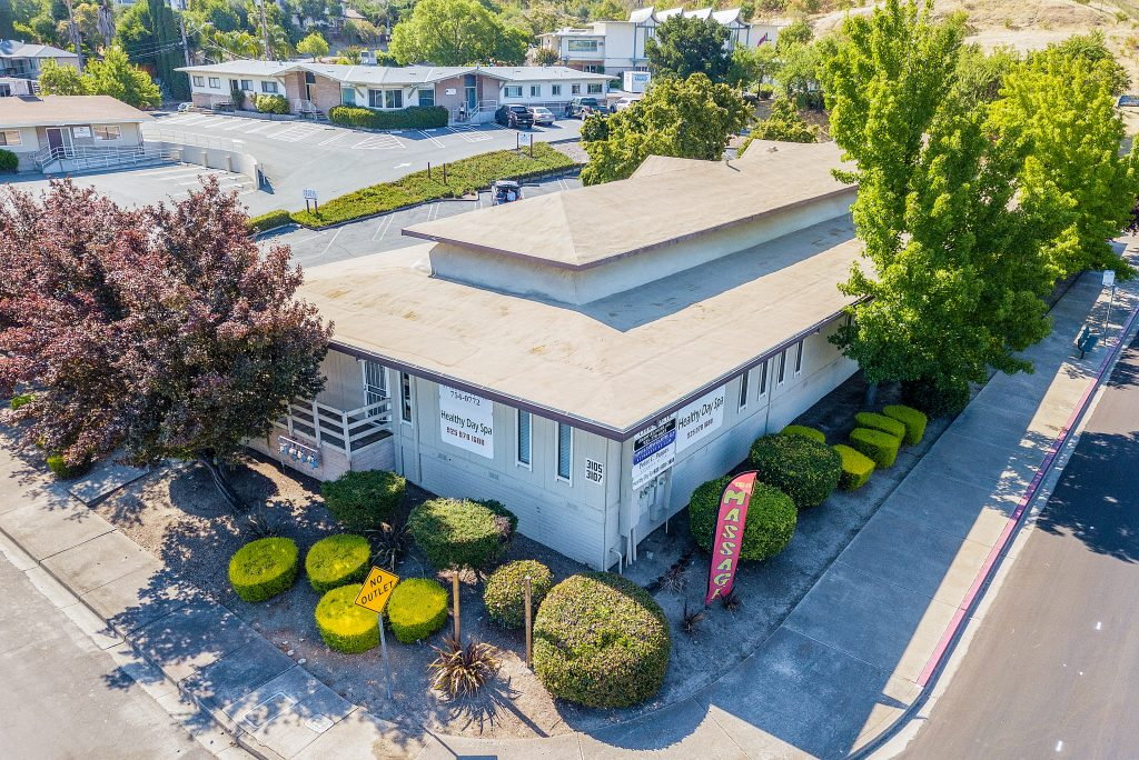 Aerial view of 3105 Lone Tree Way Antioch